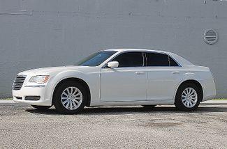 2014 Chrysler 300 Hollywood, Florida 24