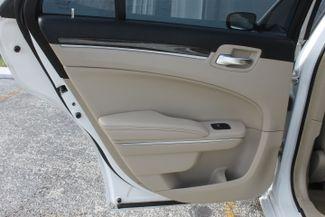 2014 Chrysler 300 Hollywood, Florida 42