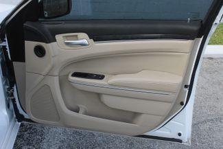 2014 Chrysler 300 Hollywood, Florida 43