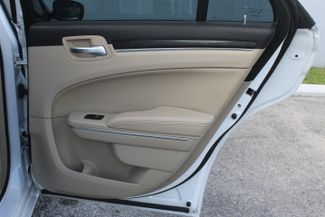 2014 Chrysler 300 Hollywood, Florida 44