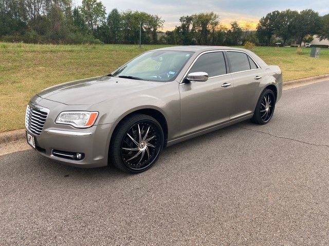2014 Chrysler 300 in Huntsville Alabama