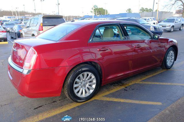 2014 Chrysler 300 in Memphis, Tennessee 38115