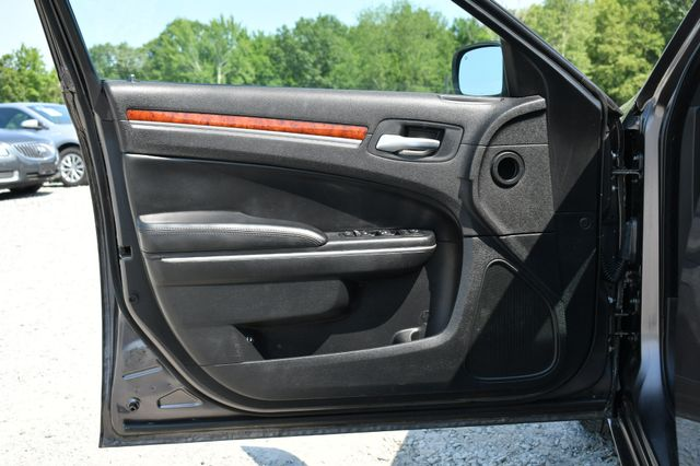 2014 Chrysler 300 Naugatuck, Connecticut 11
