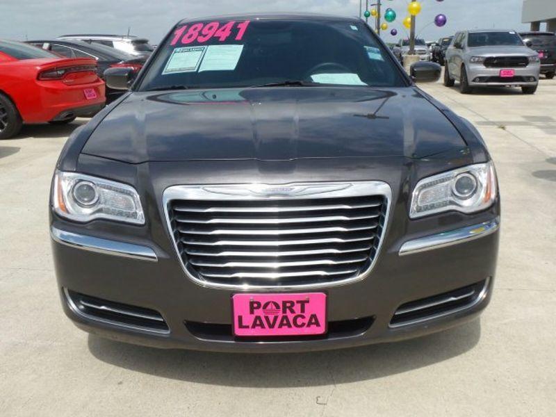 2014 Chrysler 300 BASE   Texas  Victoria Certified  in , Texas