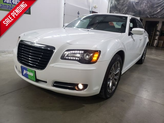 2014 Chrysler 300s All Wheel Drive 300S in Dickinson, ND 58601