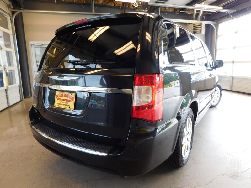 2014 Chrysler Town  Country Touring  city TN  Doug Justus Auto Center Inc  in Airport Motor Mile ( Metro Knoxville ), TN