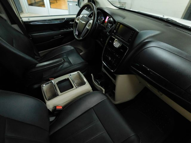 2014 Chrysler Town & Country Touring in Airport Motor Mile ( Metro Knoxville ), TN 37777