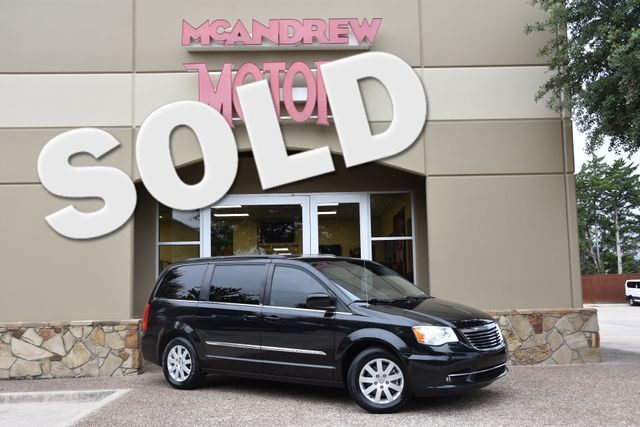 2014 Chrysler Town & Country Touring in Arlington, TX, Texas 76013