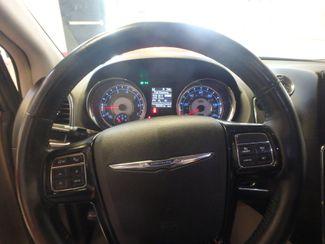 2014 Chrysler Town & Country, b/u camera, heated seats, Touring-L 30th Anniversary Saint Louis Park, MN 20