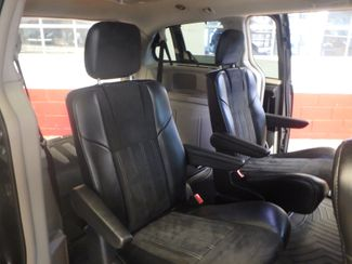 2014 Chrysler Town & Country, b/u camera, heated seats, Touring-L 30th Anniversary Saint Louis Park, MN 9