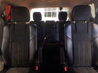 2014 Chrysler Town & Country, b/u camera, heated seats, Touring-L 30th Anniversary Saint Louis Park, MN 30