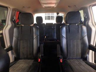 2014 Chrysler Town & Country, b/u camera, heated seats, Touring-L 30th Anniversary Saint Louis Park, MN 31