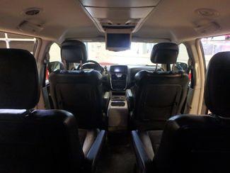 2014 Chrysler Town & Country, b/u camera, heated seats, Touring-L 30th Anniversary Saint Louis Park, MN 34