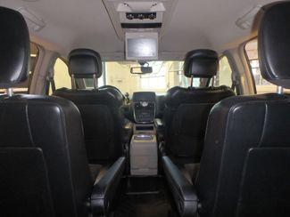 2014 Chrysler Town & Country, b/u camera, heated seats, Touring-L 30th Anniversary Saint Louis Park, MN 36