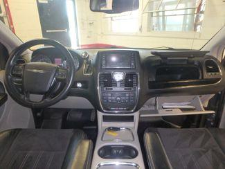 2014 Chrysler Town & Country, b/u camera, heated seats, Touring-L 30th Anniversary Saint Louis Park, MN 43