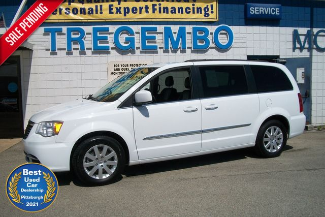 2014 Chrysler Town & Country Touring in Bentleyville Pennsylvania, 15314