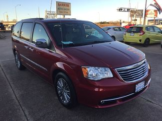 2014 Chrysler Town & Country in Bossier City, LA