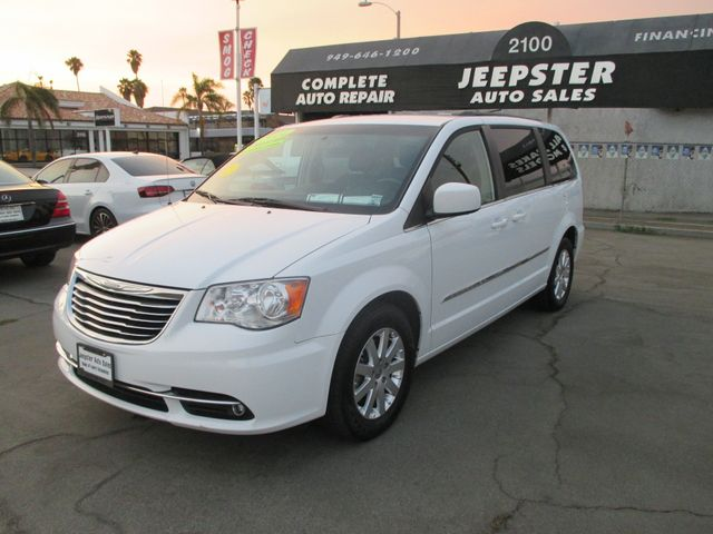2014 Chrysler Town & Country Touring in Costa Mesa California, 92627