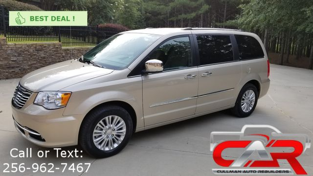 2014 Chrysler Town & Country in Cullman AL