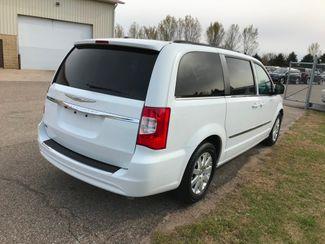 2014 Chrysler Town & Country Touring Farmington, MN 1
