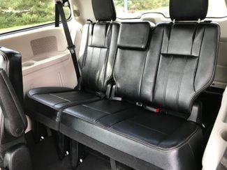 2014 Chrysler Town & Country Touring Farmington, MN 4