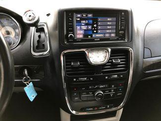 2014 Chrysler Town & Country Touring Farmington, MN 6