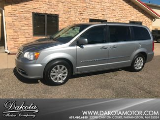 2014 Chrysler Town & Country Touring Farmington, MN