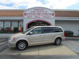 2014 Chrysler Town & Country Touring-L in Fremont OH, 43420
