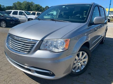 2014 Chrysler Town & Country Touring in Gainesville, GA