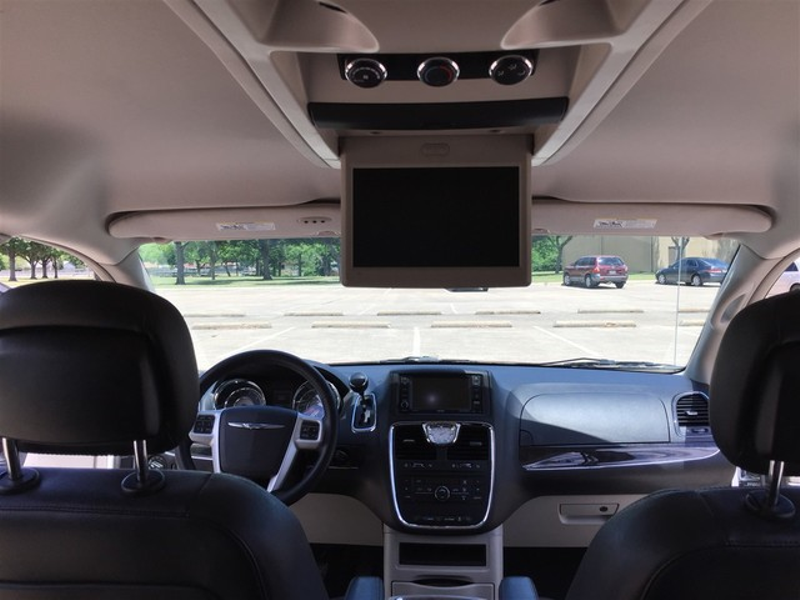 2014 Chrysler Town & Country Touring in Rowlett, Texas