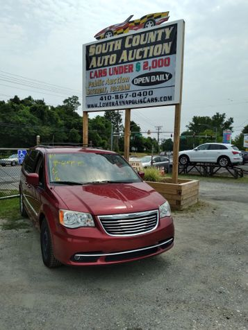 2014 Chrysler Town & Country Touring in Harwood, MD