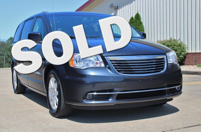 2014 Chrysler Town & Country Touring in Jackson, MO 63755