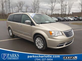 2014 Chrysler Town & Country Limited in Kernersville, NC 27284
