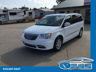 2014 Chrysler Town & Country Touring in Lapeer, MI 48446