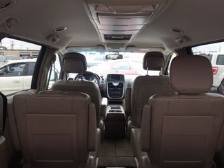 2014 Chrysler Town & Country Touring AUTOWORLD (702) 452-8488 Las Vegas, Nevada 4