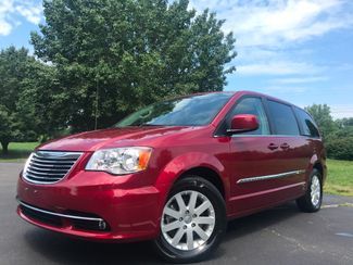 2014 Chrysler Town & Country Touring in Leesburg Virginia, 20175
