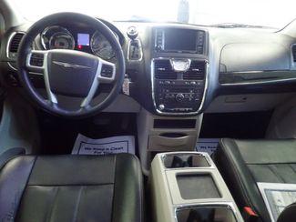 2014 Chrysler Town & Country Touring Lincoln, Nebraska 5