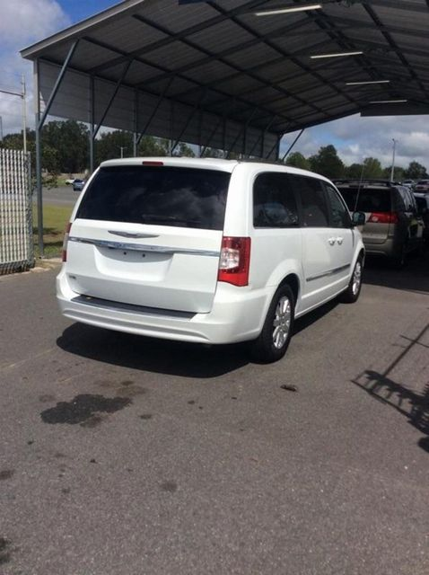 2014 Chrysler Town & Country Touring Madison, NC 2