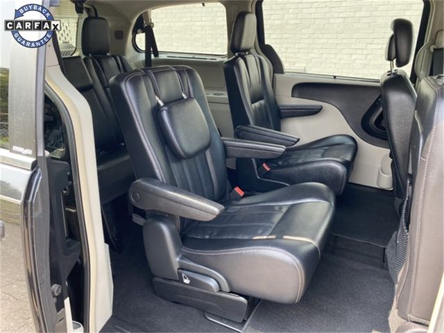 2014 Chrysler Town & Country Touring Madison, NC 9