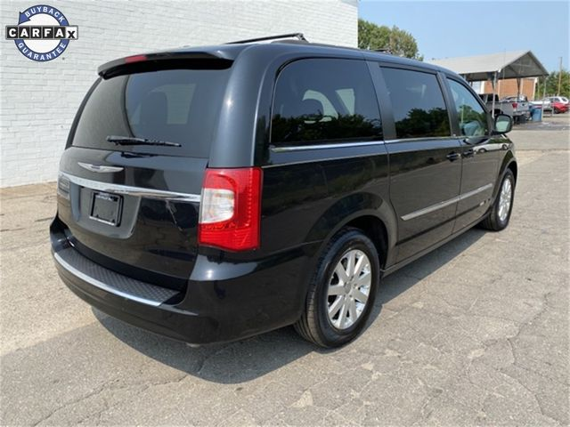 2014 Chrysler Town & Country Touring Madison, NC 1
