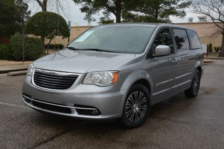 2014 Chrysler Town & Country S in Memphis, Tennessee 38128