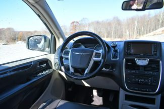 2014 Chrysler Town & Country Touring Naugatuck, Connecticut 12