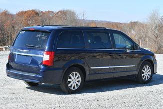 2014 Chrysler Town & Country Touring Naugatuck, Connecticut 4