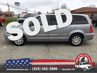 2014 Chrysler Town & Country Touring in Mansfield, OH 44903
