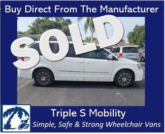 2014 Chrysler Town & Country S Wheelchair Van Handicap Ramp Van in Pinellas Park, Florida 33781