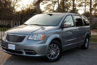 2014 Chrysler Town & Country in , Texas