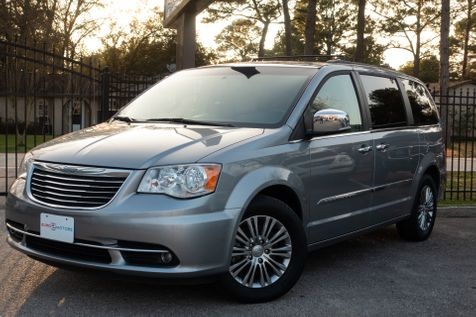 2014 Chrysler Town & Country Touring-L in , Texas