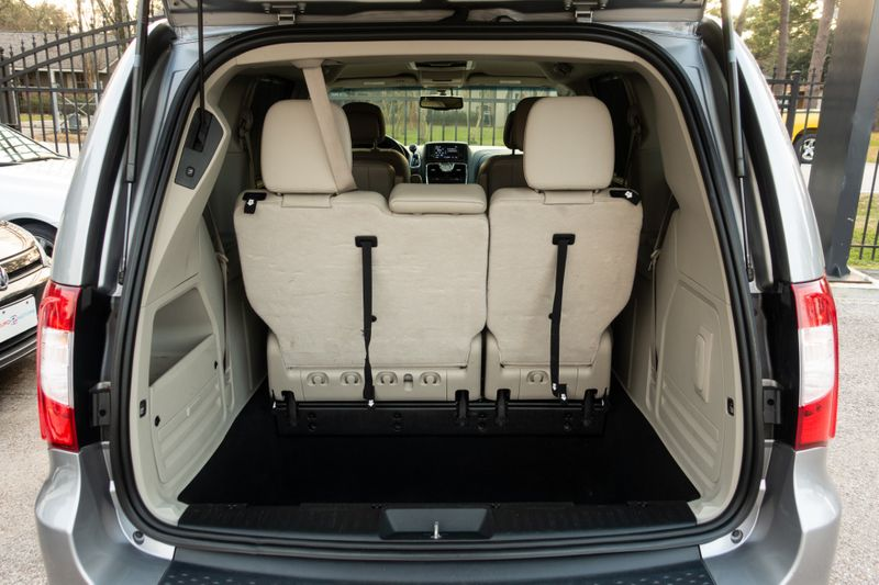2014 Chrysler Town  Country Touring-L   Texas  EURO 2 MOTORS  in , Texas