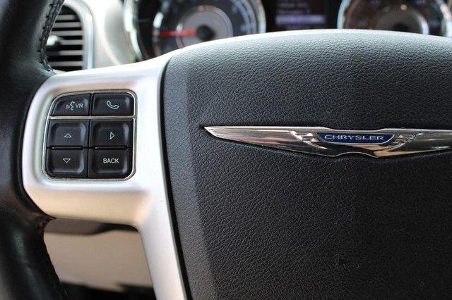 2014 Chrysler Town & Country Touring St. Louis, Missouri 15