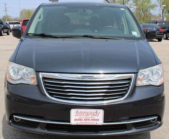 2014 Chrysler Town & Country Touring St. Louis, Missouri 1